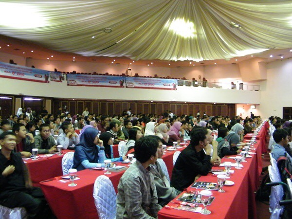 seminar organizer TERBESAR